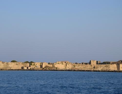 Limni veel golfen en Methoni mooi uitzicht op kasteel
